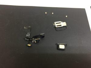 iPhone6s フロントカメラネジ