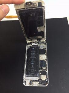 千葉県美浜区よりiPhone6sの水没修理でご来店です。バッテリーもショート…